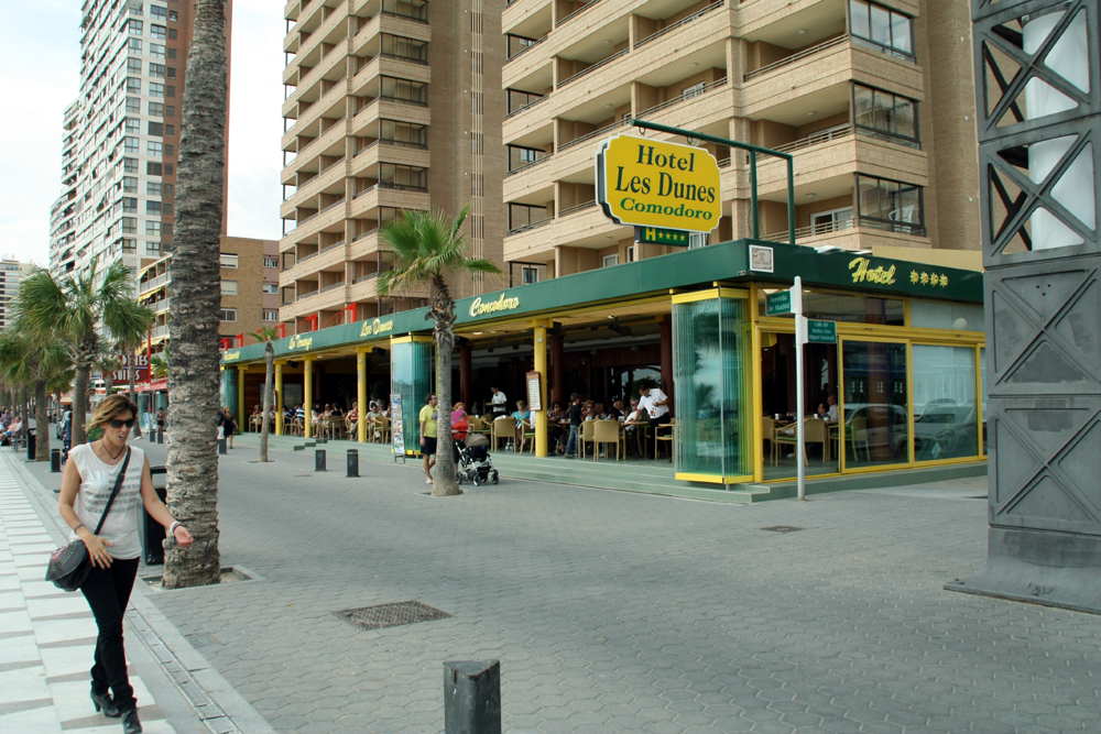 Hotel les dunes comodoro accommodaties in benidorm for Jardin rosa alcoy