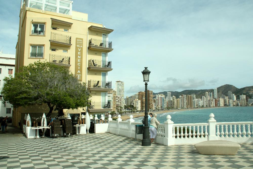 Villa venecia hotel boutique accommodaties in benidorm for Jardin rosa alcoy